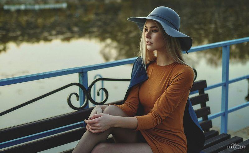 девушка, осень, природа, вода Кино из одного кадраphoto preview