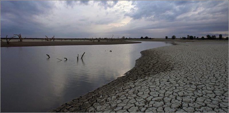 река, псекупс, засуха Перед дождемphoto preview