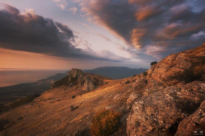 Осенний рассвет Демерджи IIIphoto preview