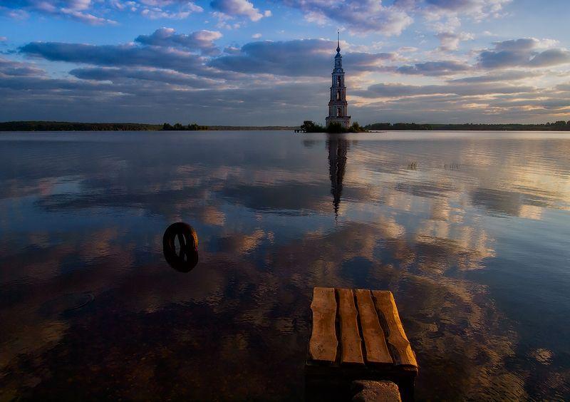 Августовским утром в Калязине...photo preview