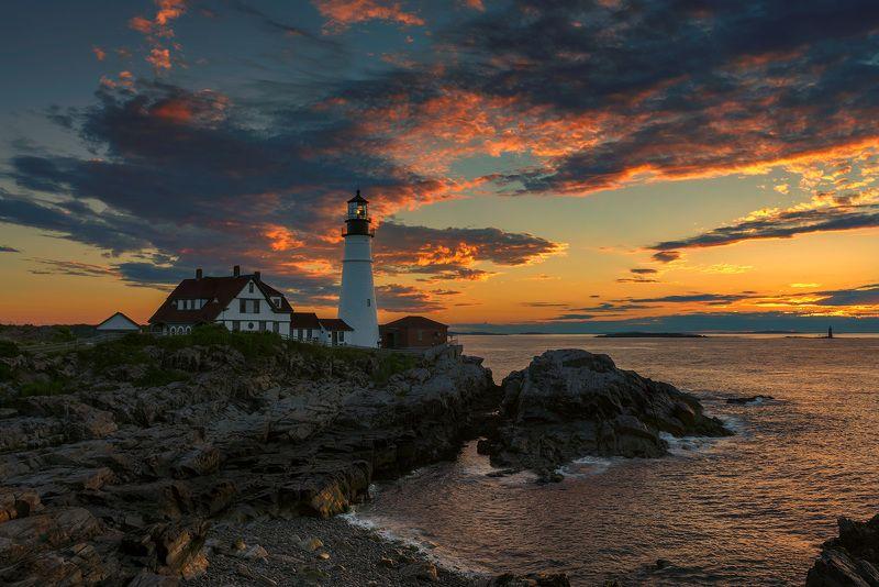 lighthouse,  maine, portland, head, usa,  cape, elizabeth, portland head light , sunrise, scenic, scenery, sunset, coastline, color, landscape, sea, water, rocks, photography, monument, ocean, atlantic, new, england, coast, east, light Portland Lighthousephoto preview