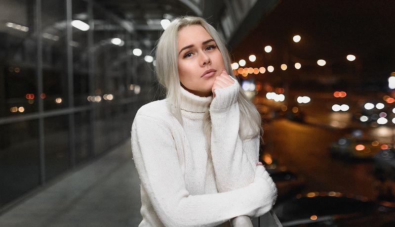 девушка, город, ночь, осень, грусть, фильм Zhenyaphoto preview