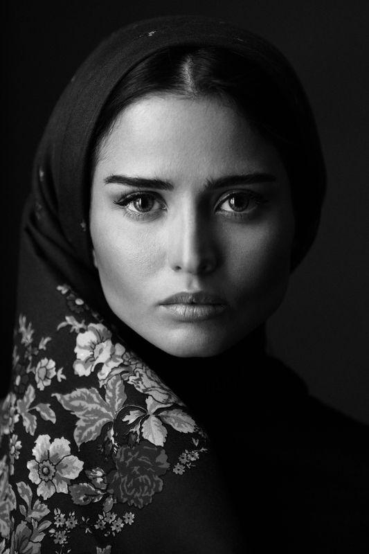 portrait bw mono babakfatholahi eyes headshoot iran iranian persiangirl girl soul folk Awishanphoto preview