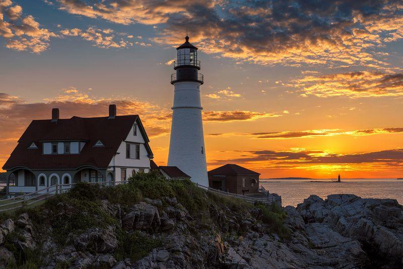 lighthouse,  maine, portland, head, usa,  cape, elizabeth, portland head light , sunrise, scenic, scenery, sunset, coastline, color, landscape, sea, ocean, atlantic, new, england, coast, east, light Sunrise at Portland Lighthousephoto preview