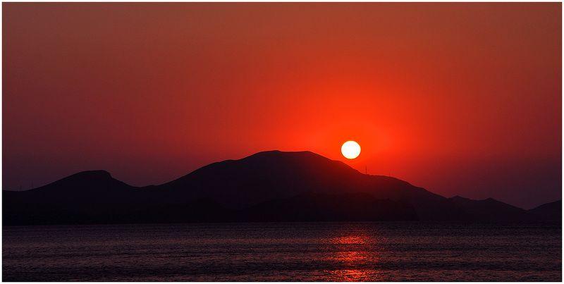 море,солнце,утро, Небесное Окоphoto preview