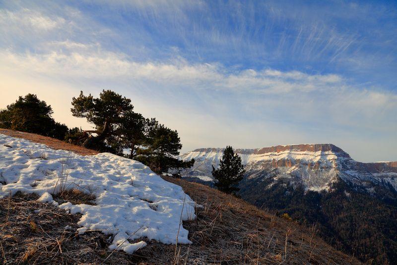 горы, хребет, скирда, малые, бамбаки photo preview