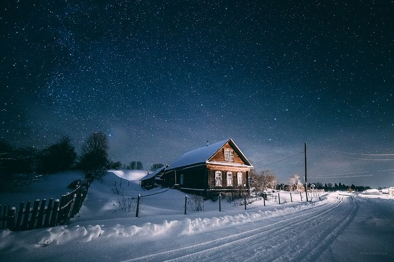 ночь звезды зима снег мороз дом тепло уют красота Деревенская сказкаphoto preview