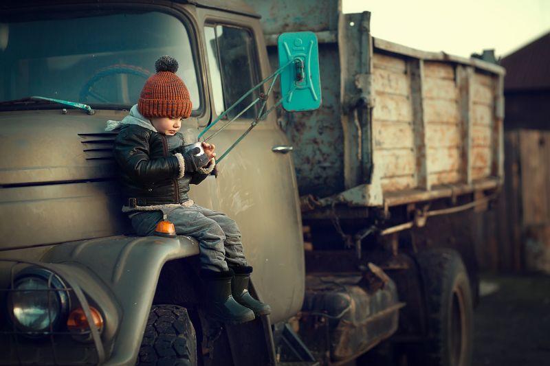 Когда вырасту, буду водить грузовик!photo preview