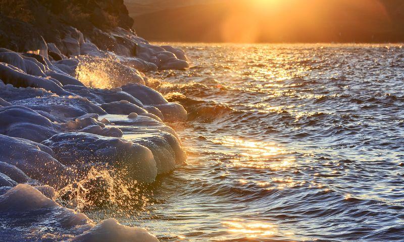 Закатное золото Байкалаphoto preview