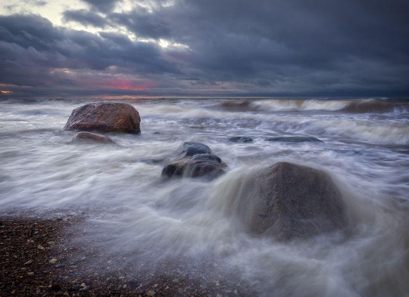 пейзаж море шторм волны латвия закат Зимний штормphoto preview