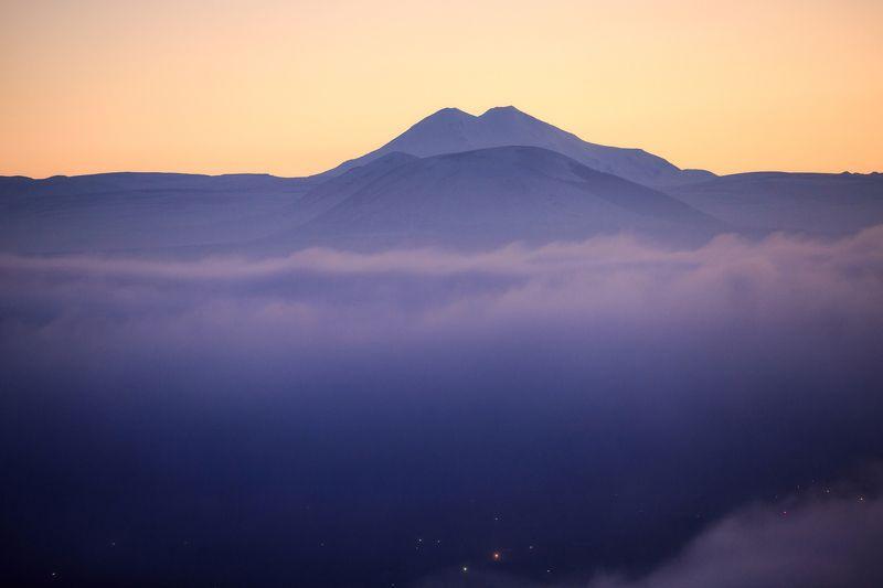 карачаево-черкесия ,кчр ,горы,эльбрус,пятигорск Эльбрус...photo preview