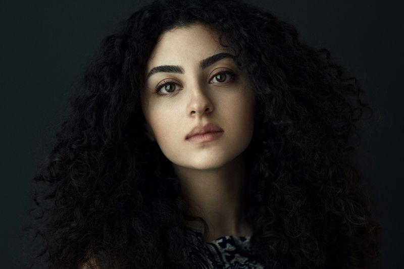 portrait persiangirl iran blackhair eyes beauty iranian people headshoot babakfatholahi Setarehphoto preview