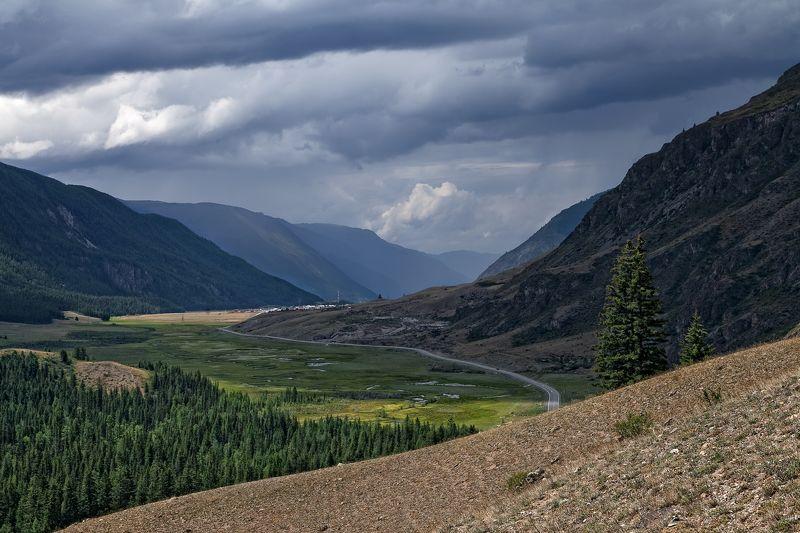 алтай, чуйский тракт, чуя, гроза, горы, акташ Перед грозой в Чуйской долинеphoto preview