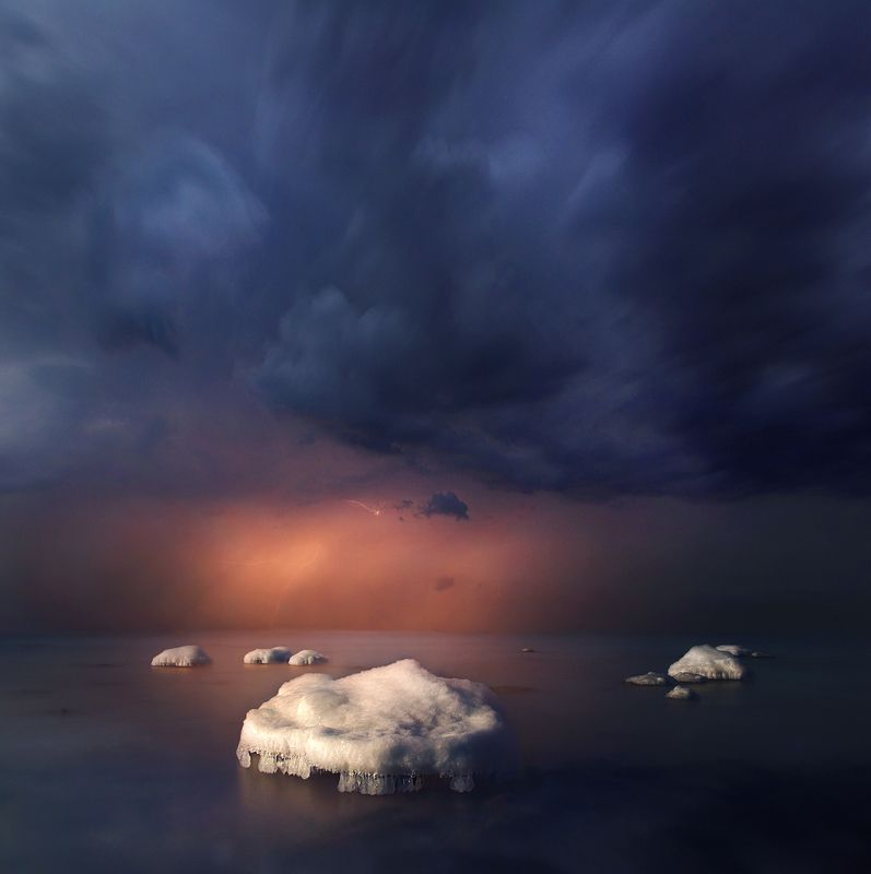 Lithuania, clouds, storm,ice,rock, sea *photo preview