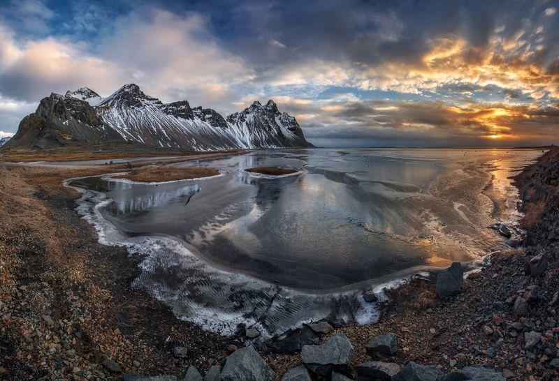 Вестрахорн, Стокснес, Исландия  Морозное утро в Исландииphoto preview