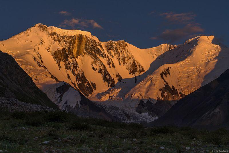 горы, тянь-шань, баянкол, пик мраморная стена, marble wall peak, вечер, закат Мраморная Стенаphoto preview