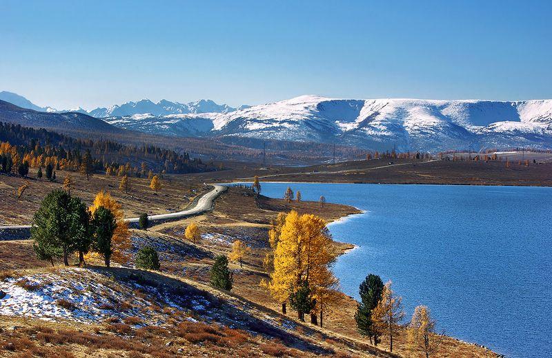 алтай, горы, хребет, северо-чуйский, осень, пейзаж, валерий_чичкин, озеро, узун-кёль, вода, дорога Осень на Узун-Кёлеphoto preview
