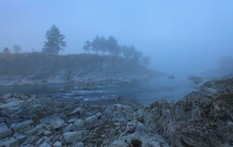 пейзаж, природа, туман, утро, алтай, камни, катунь, река, берег, горы, осень Растворяясь в тумане...photo preview