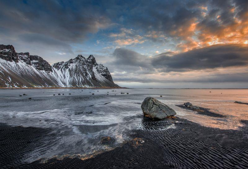 Вестрахорн, Исландия Зимнее утро в Исландииphoto preview