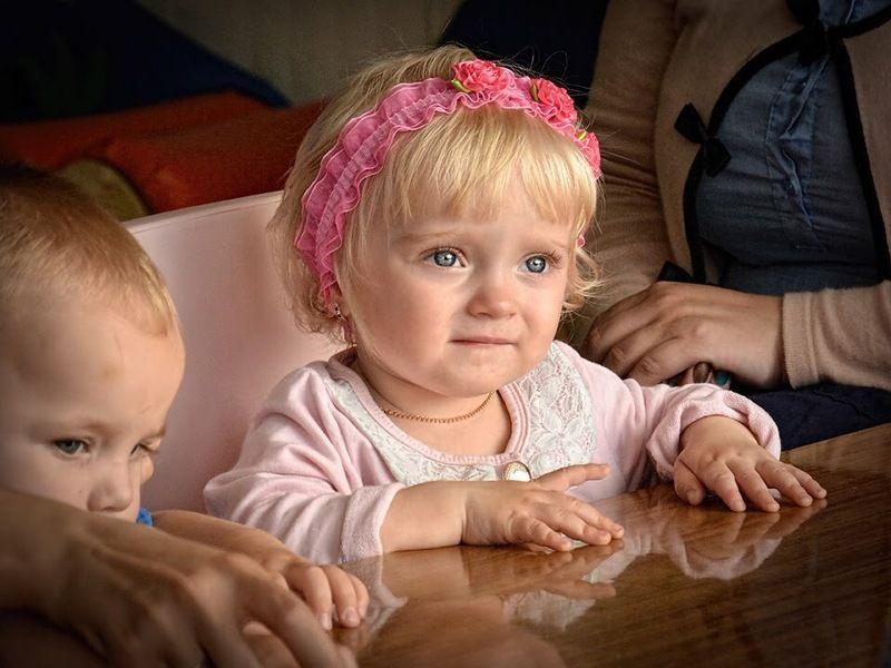 детство, ребёнок, портрет, обучение, образование, семья На урокеphoto preview