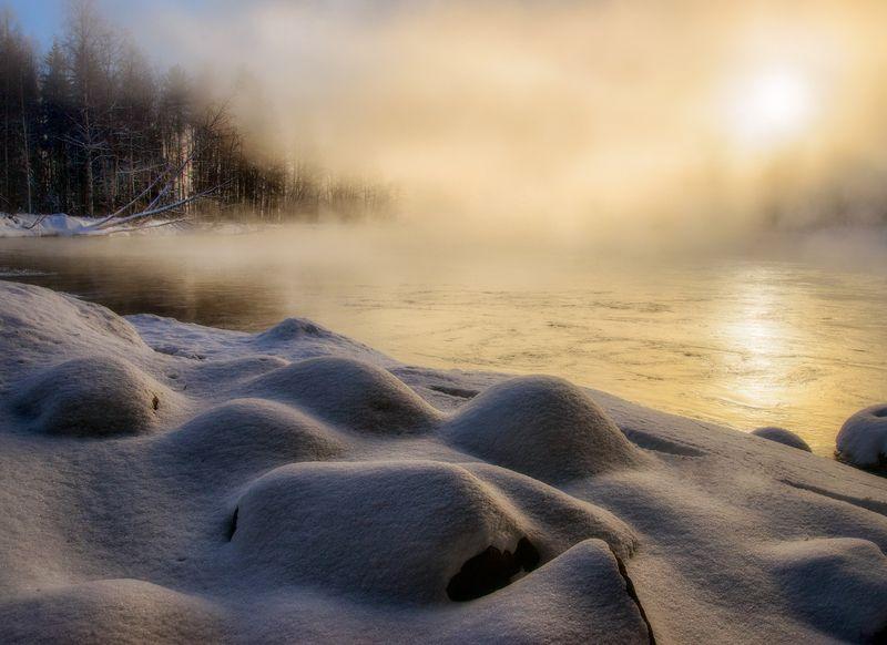 карелия,зима,пейзаж,лес,река,русская зима,зимний пейзаж, karelia, winter, туман Мороз и солнцеphoto preview