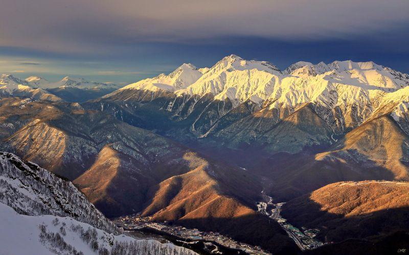 зима горы Горыphoto preview