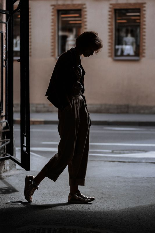 portrait, colour, eyes, street, girl, woman, cinema ***photo preview