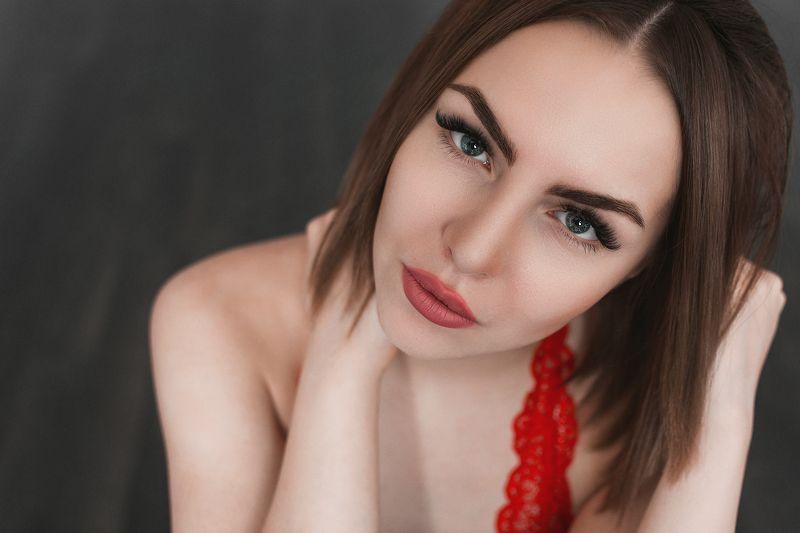 девушка , портрет, белье, взгляд, естественный свет Lindaphoto preview