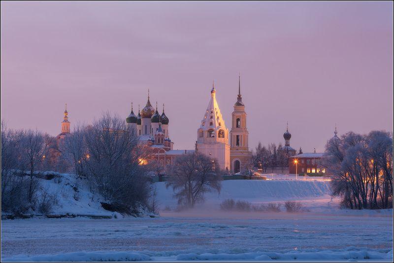 Россия, Московская обл, Коломна Когда замёрзла рекаphoto preview