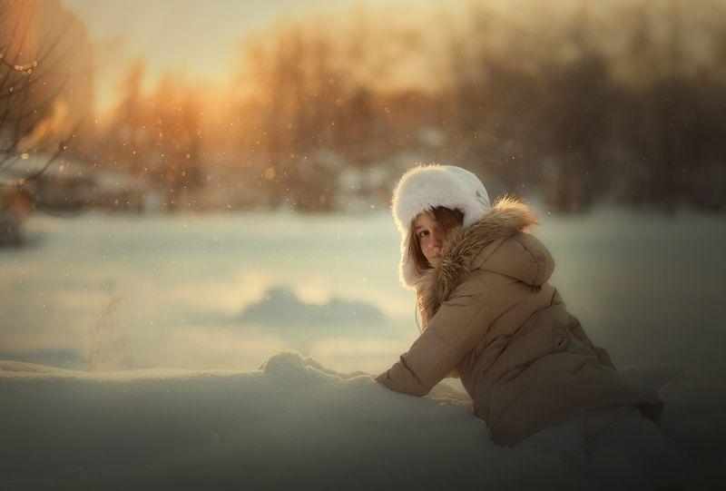 дети, зима морозное солнцеphoto preview