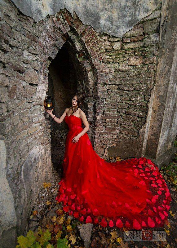 Платье, готика, фонарь photo preview
