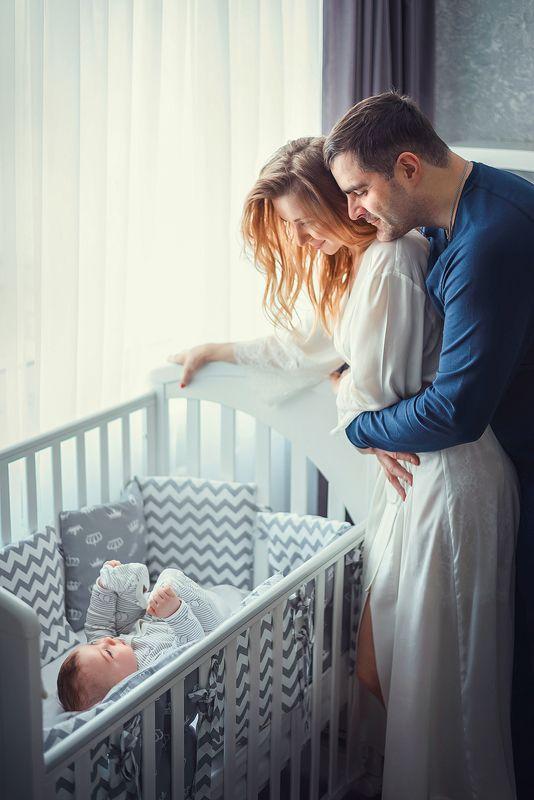 семья любовь забота нежность малыш сын отец счастье ...photo preview