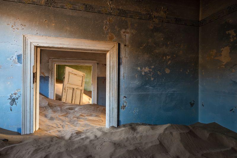 намибия Дверь-фотомодельphoto preview