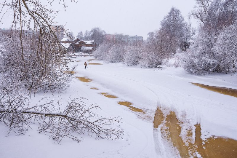 утро зима снег река_соломбалка проталины По речке Соломбалкеphoto preview