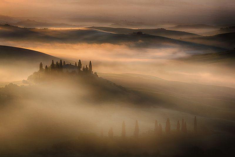 тоскана Весенняя Тоскана в туманеphoto preview