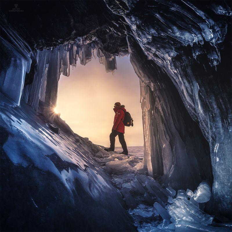 В ледяной пещереphoto preview