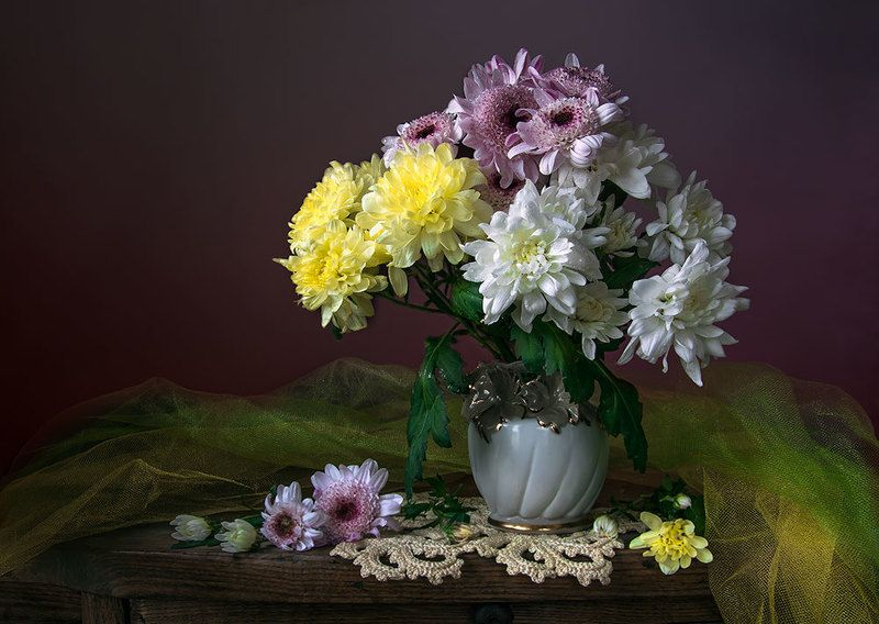 красивый натюрморт с хризантемами,букет,цветы,искусство,творчество,художественное фото,костюченко людмила. Букет хризантем.photo preview