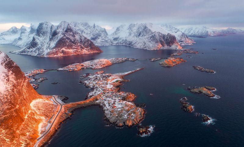 norway, lofoten, reine, winter, snow Оранжевый Рейнеphoto preview
