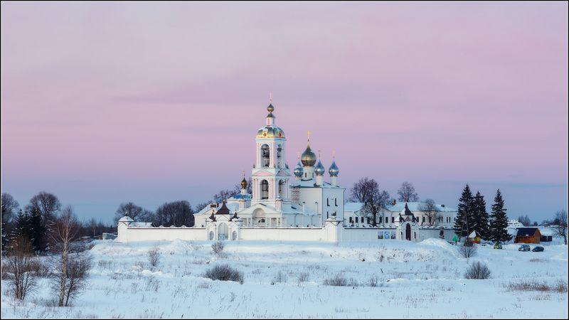 россия, ивановская обл, антушково, погост крест Тихий зимний вечерphoto preview