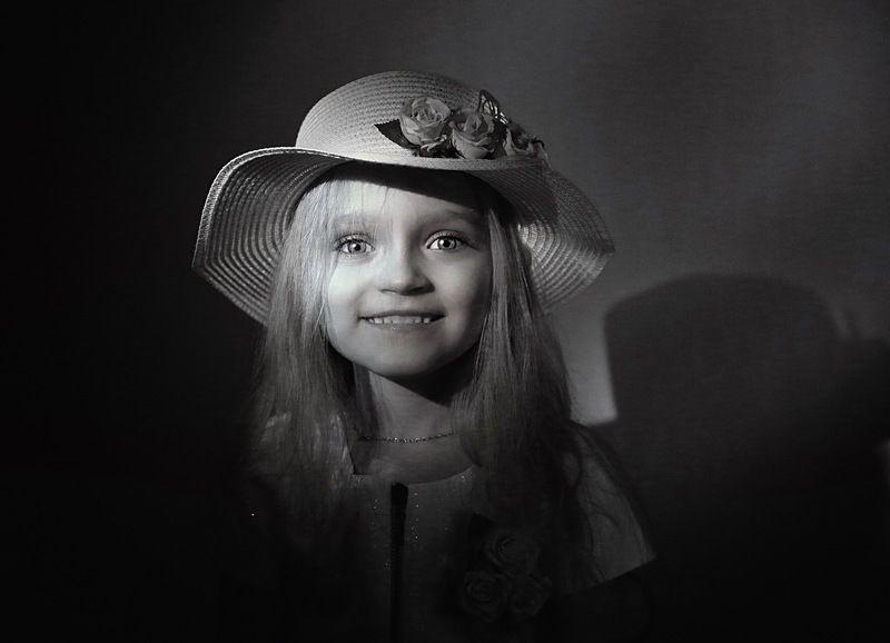 Портрет, чб, детство, ребёнок, киносвет, childhood, portrait, child Портрет дочериphoto preview