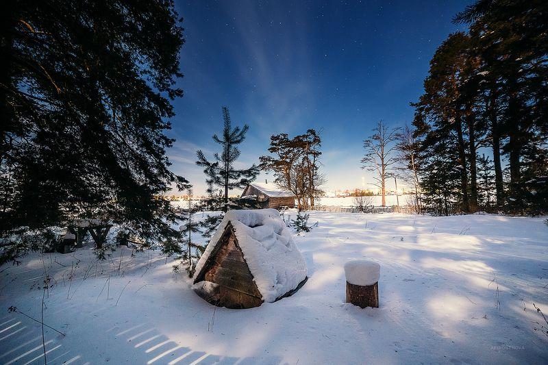 зима ночь снег деревня свет звезды Ночная Заволгаphoto preview