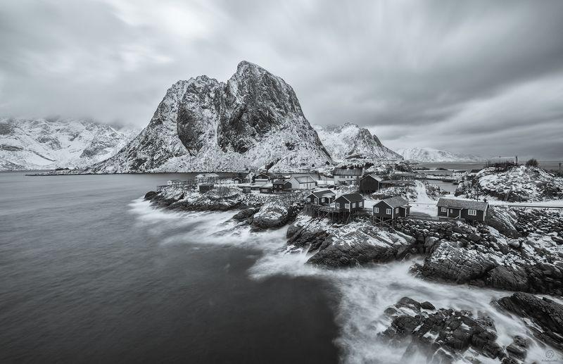 вода, камни, горы Кинематографический сюжет в кадре / Norway / Hamnoyphoto preview