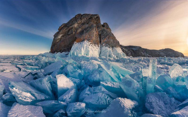 ольхон, байкал, пейзаж Голубой лед мыса Хобой.photo preview