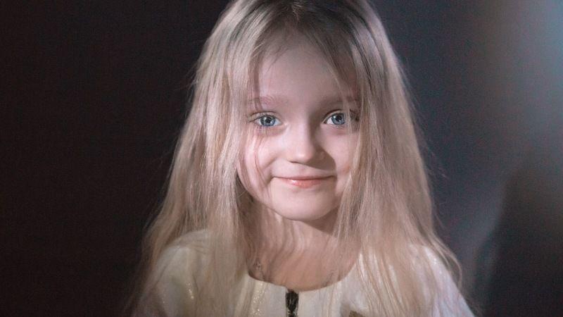 Голивуд, свет, фонарик, портрет, ребёнок, цвет, childhood, portrait, child Портрет в стиле Голивудphoto preview