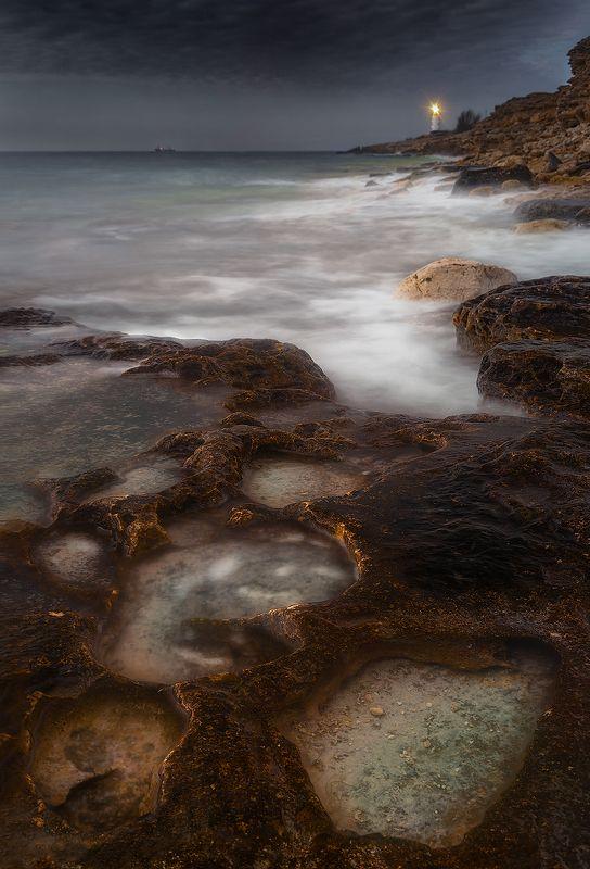 море, маяк, кратеры, побережье, берег, волна \