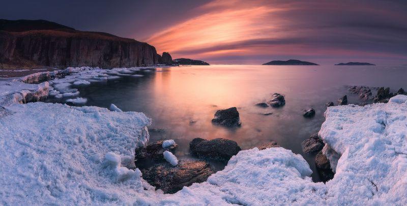 панорама, утро, весна, море, скалы, лёд Март. Пробуждение...photo preview