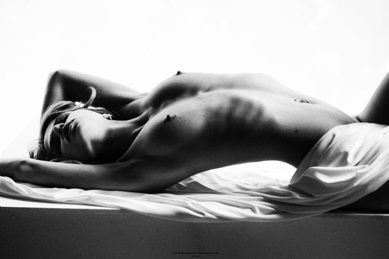 nude, body, beauty, girl, young, monochrome, blackandwhite Sashaphoto preview