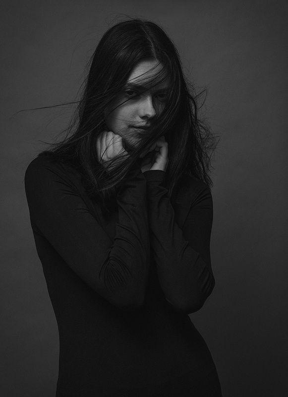Black Windphoto preview