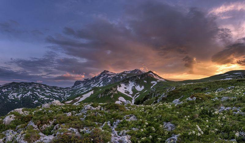 оштен,кавказ,адыгея, горы, закат, рассвет, фишт, лаго-наки, Закат у горы Оштенphoto preview