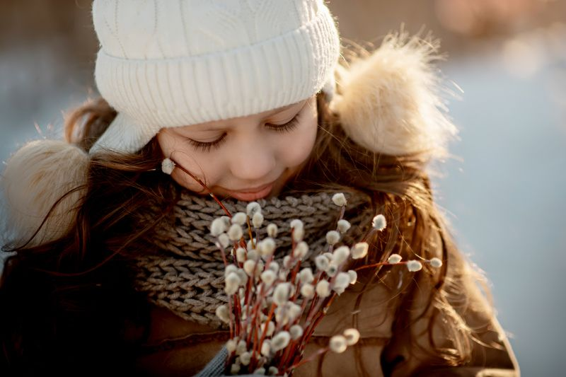 девочка, камыши, прогулка, верба, солнце, закат, контровой В ожидании теплаphoto preview